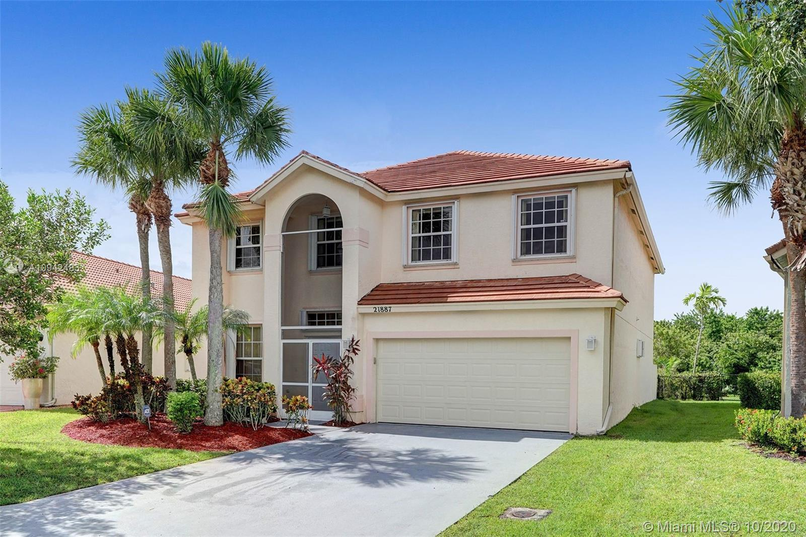 A rare 5 bedroom house available in highly desired Monterey Bay in Boca Winds! Enjoy a HUGE backyard