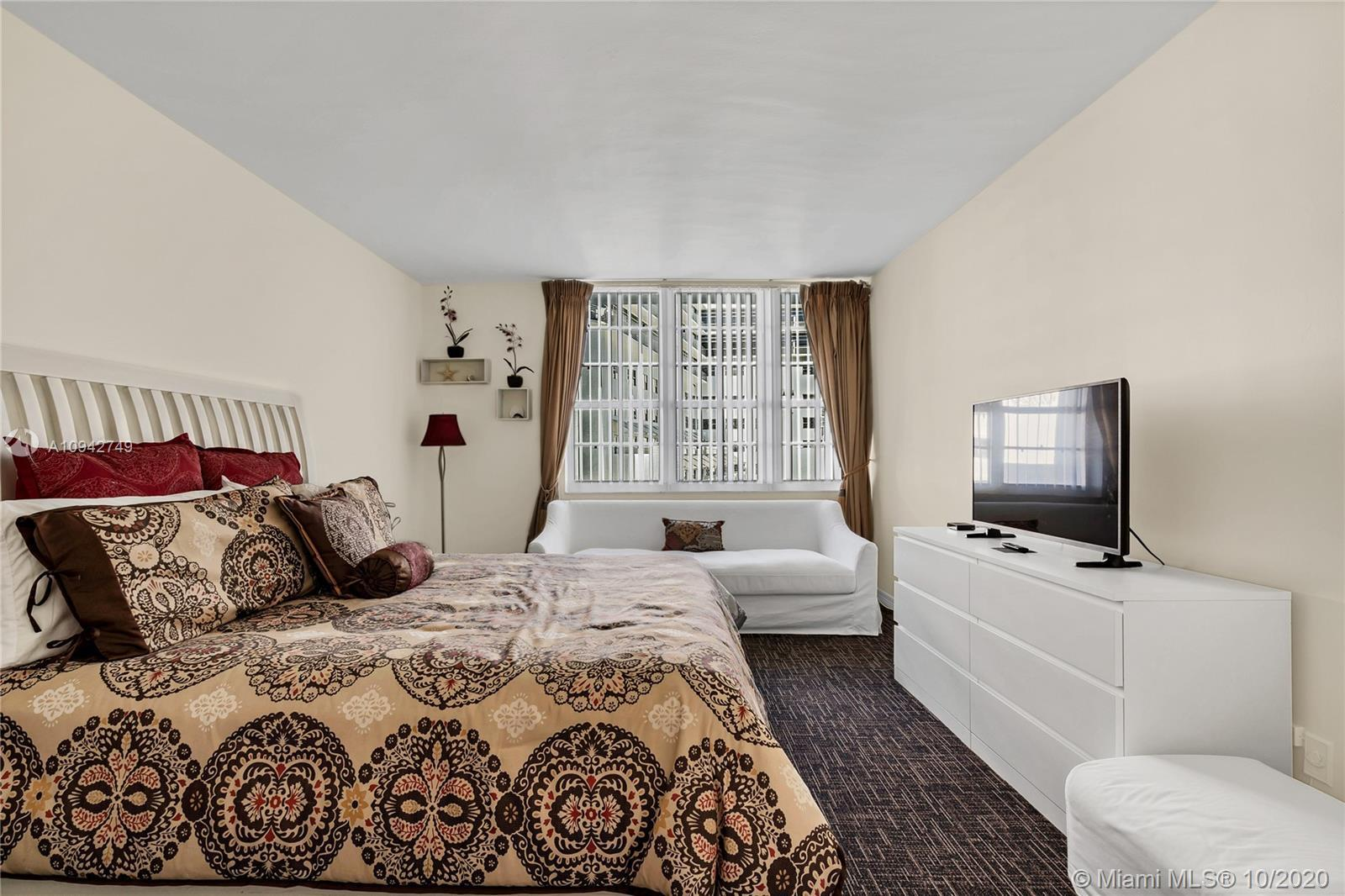 Best price in building for ocean/city view unit with balcony!