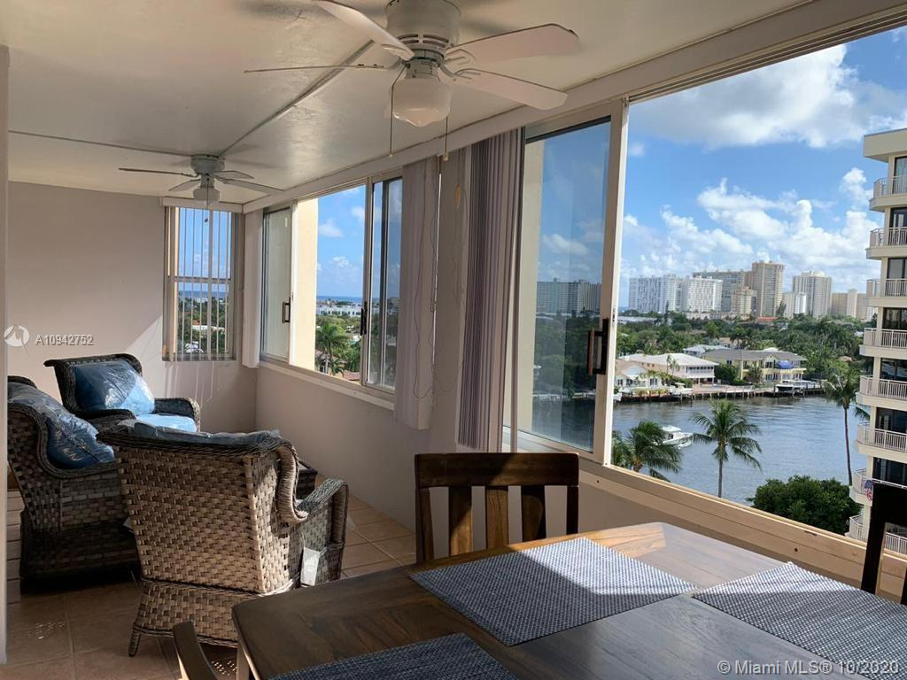 Bright and spacious 2 bedroom and 2 bath corner unit with amazing intracoastal views and enclosed ba