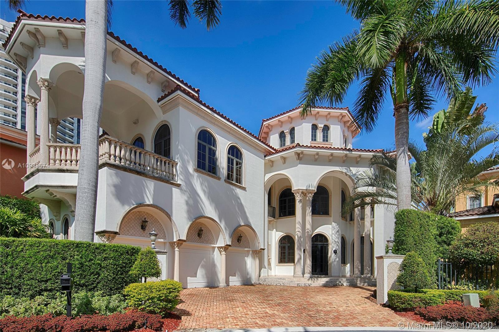 Welcome to the grandest of Island Estates homes. Professionally designed, 5 beds / 5.5 baths with 40