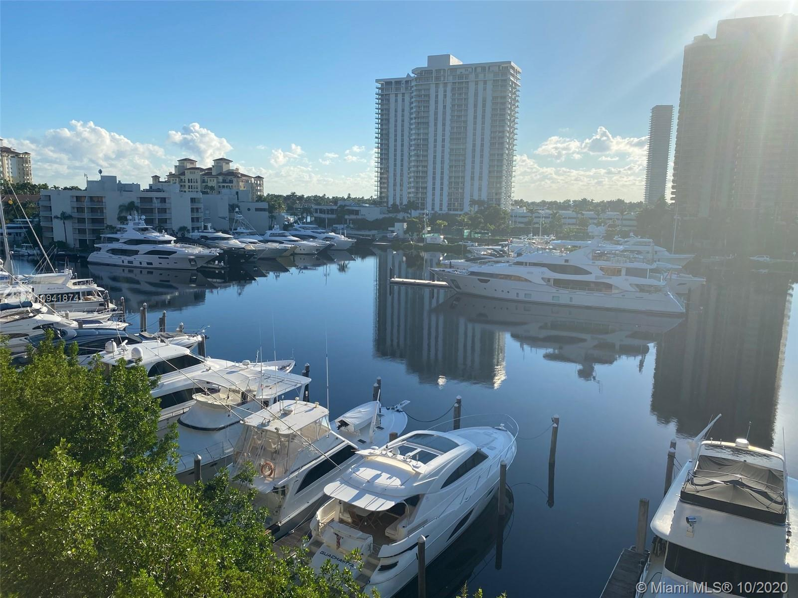 Amazing Views from This spectacular unit in the Aventura Yacht Club. Unit 3606 is Completely Furnish