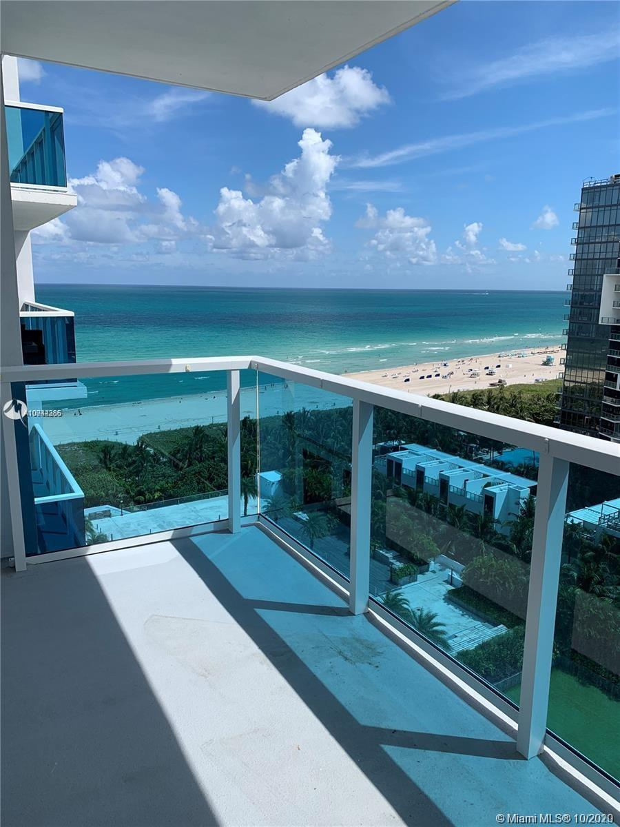ENJOY AMAZING OCEAN VIEWS!! LARGE 880 SF ONE BEDROOM SUITE WITH A HUGE MASTER BATHROOM, OVERLOOKING