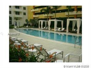 GREAT OPPORTUNITY IN AVENTURA 2 BDRMS 2 BATHS WITH MODERN KITCHEN BEAUTIFUL BATHROOMS WASHER DRYER L
