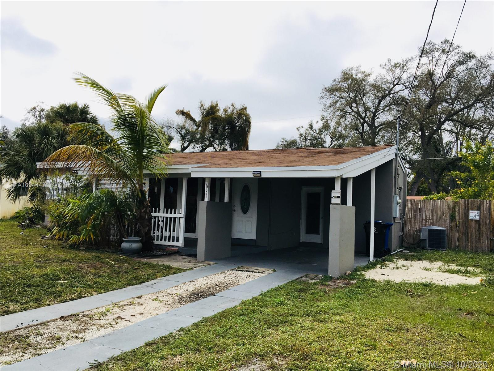 Great home in the desirable area of Fort Lauderdale, Florida. The property is in good condition and