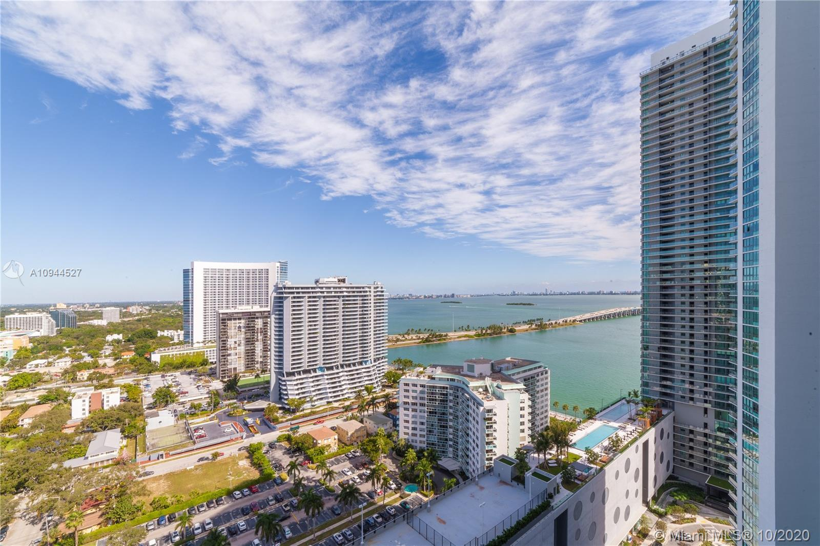 One of the best priced units at the stunning Paraiso Bayviews featuring panoramic Bay and city views