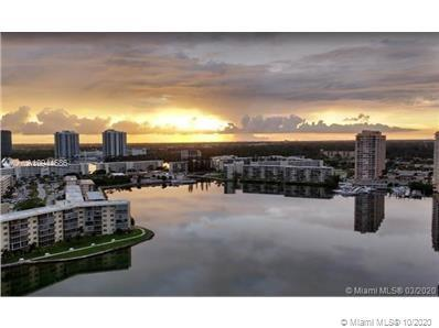 Spectacular Condo in the heart of Aventura with fantastic water & city views from this 19th-floor co