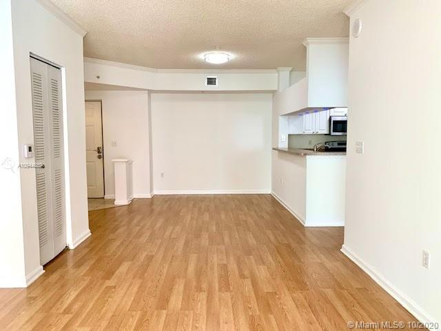 Beautiful and bright Larger 2 bedrooms 2 baths split floor design condo in Sunny Isles. Washer and d