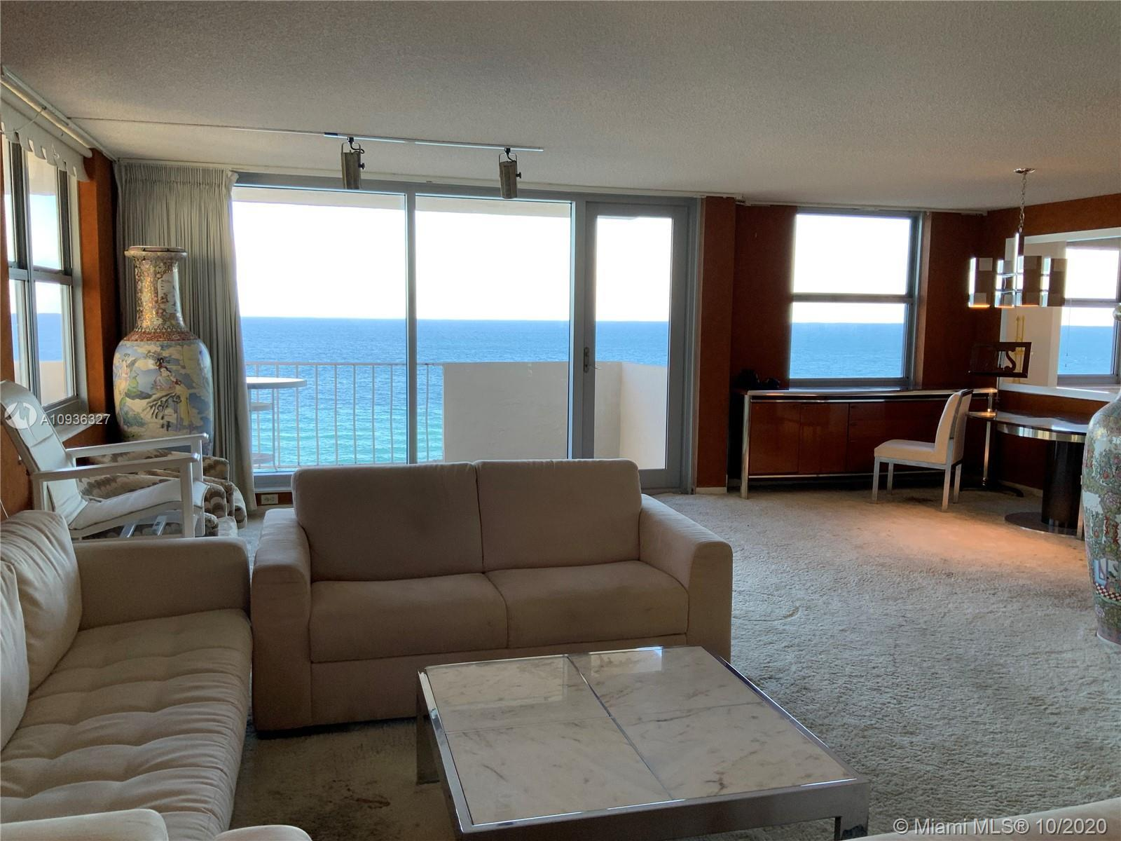 Amazing Direct Ocean views. Large 2 bed room and 2 full bathrooms apartment. North East Corner unit