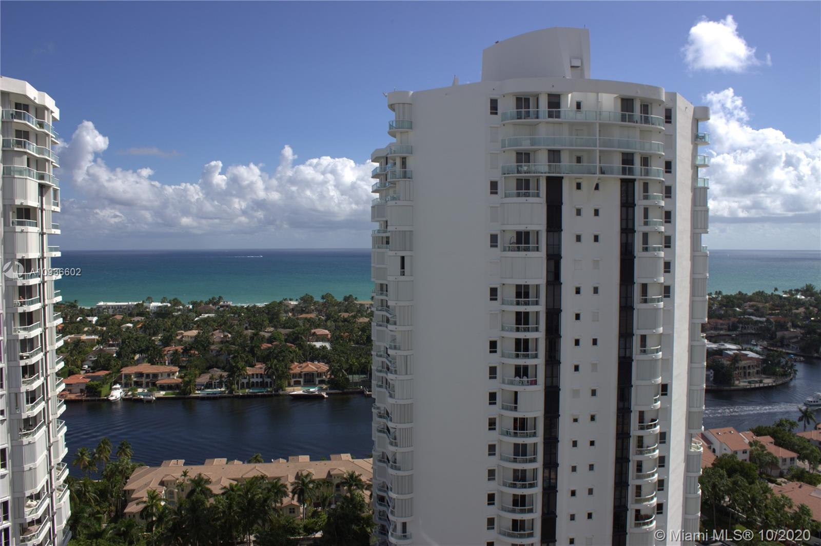 Back in the market! one of a kind. OCEAN & INTERCOASTAL panoramic views. Unit#2701 2/2 + Den. Totall