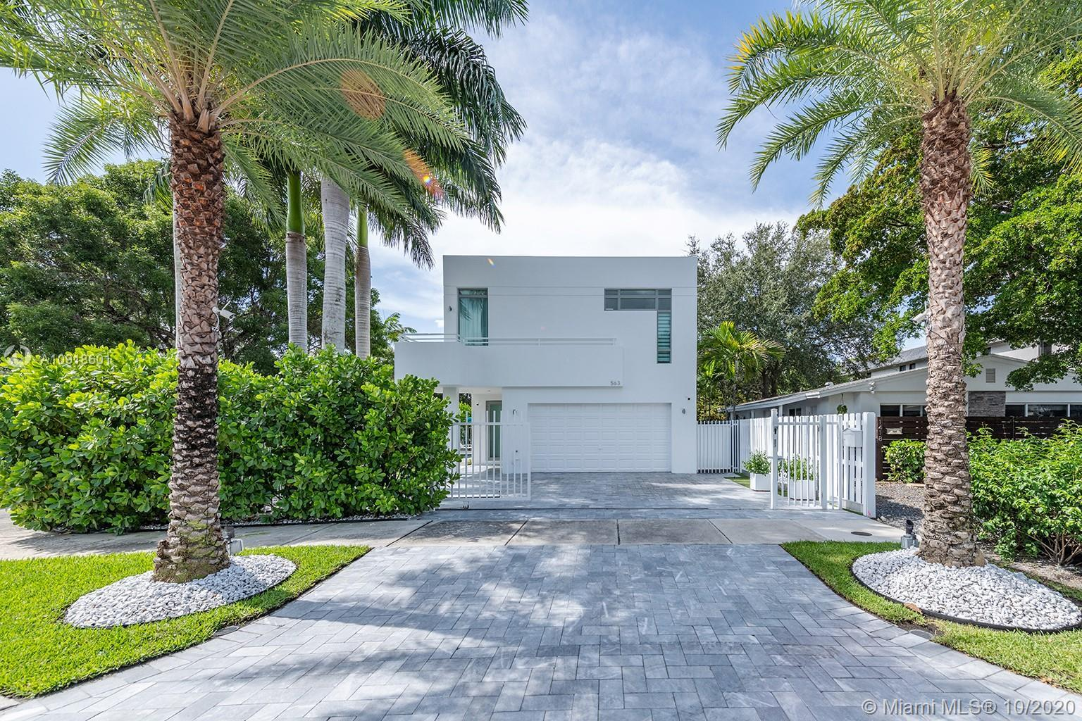 IMPECCABLE, ELEGANT, PRIVATE MODERN OASIS in the heart of hot VICTORIA PARK. Soaring 20' ceilings, 3