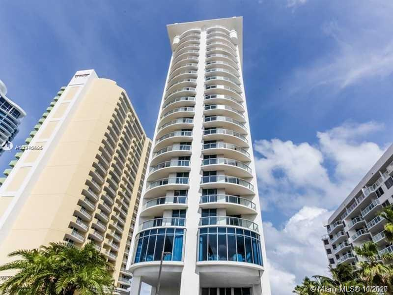 Beautiful property with Ocean view in a heart of sunny isles for Sale