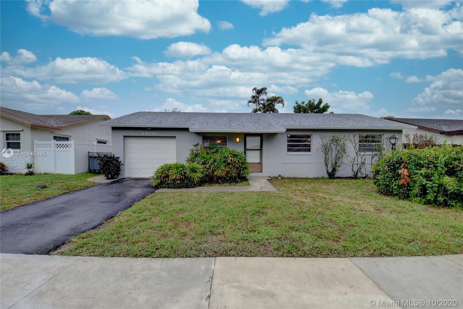Lovely 3 bedroom, 2 bathroom home in the highly desirable area of Sandalwood Cove with no HOA! This