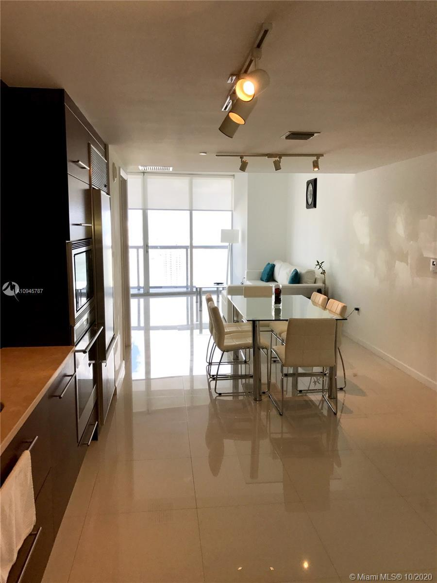 Great opportunity investment! 1bed/1bath high floor, luxury amenities, best restos at the building,s