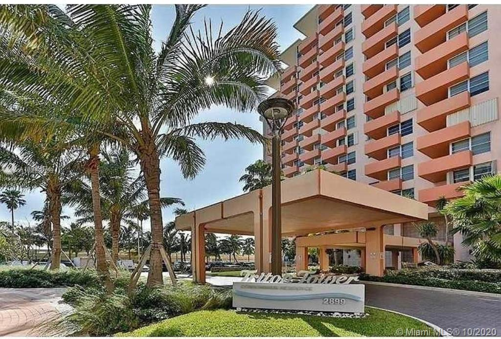 Beautiful unit in Triton Tower, Miami Beach. Oceanfront !!! All year round ocean breeze.