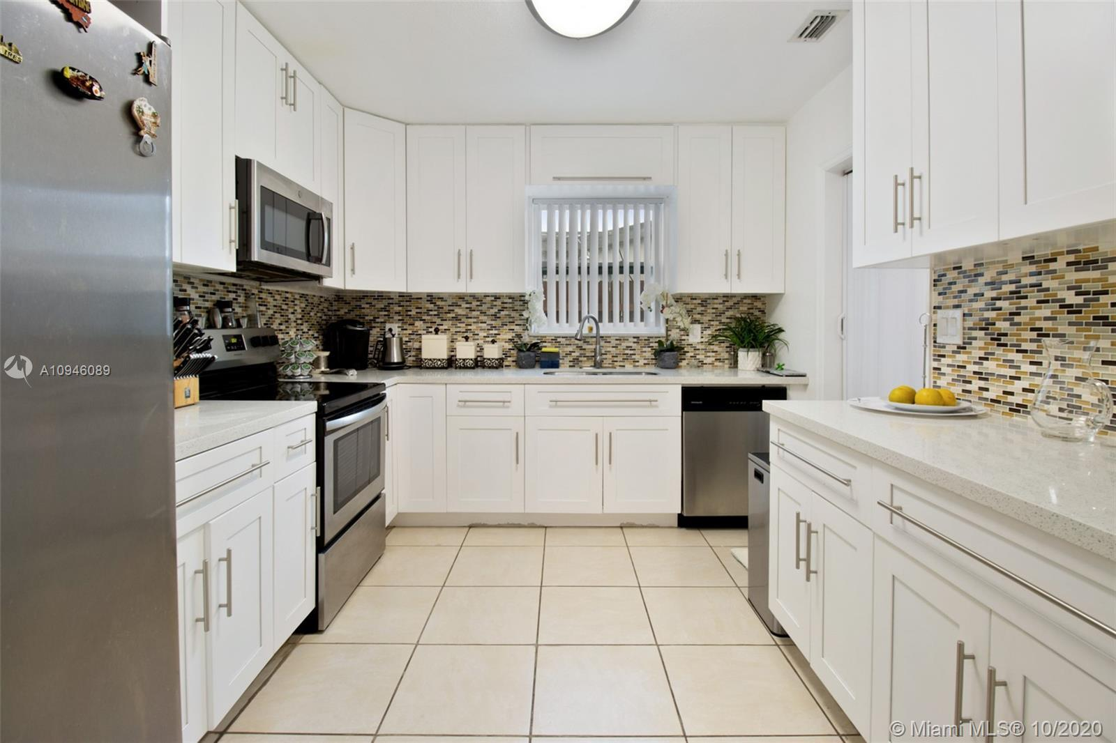 Beautifully remodeled 3/1 home in the heart of Hollywood minutes away from the famous guitar hotel H