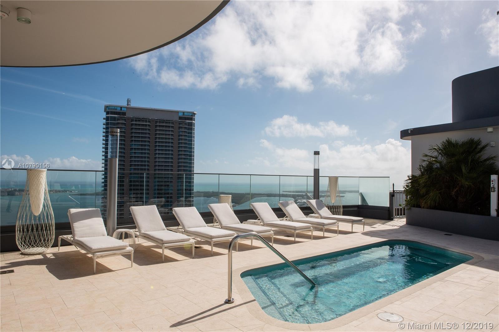 UNIQUE UNIT: SUNRISE AND SUNSET VIEWS! Live in paradise!  Huge best corner unit 3 bedrooms /3.5 ba