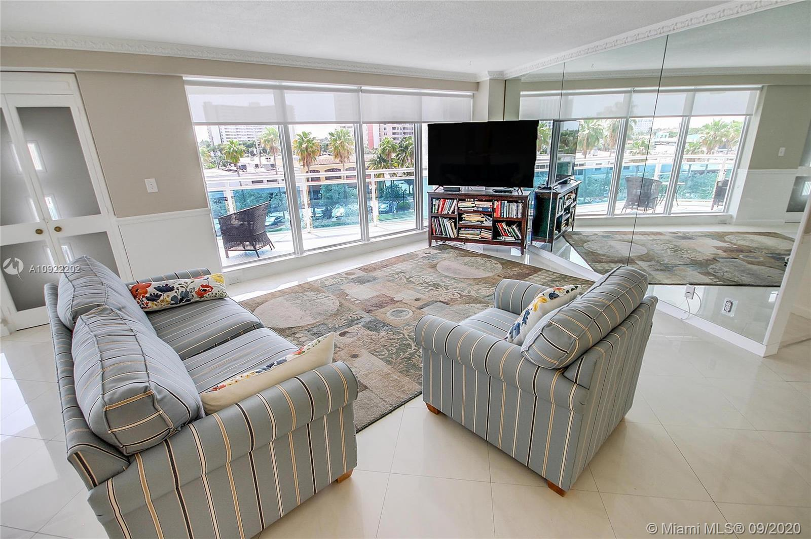 Exclusive waterfront condo at Galt Ocean Drive,!!! Under $400's !!! Amazing split layout with larges