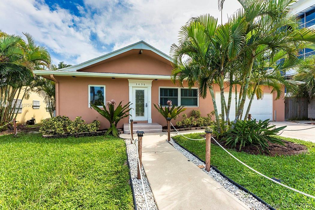 If you are looking for a great little home in the historic culture of old Jupiter/Tequesta than take