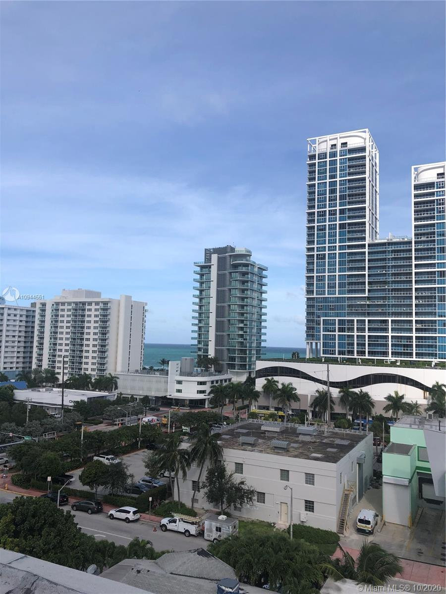 NORTH BEACH LOCATION OF MIAMI BEACH. Walk to the beach, shopping, the Normandy Fountain. The buildin