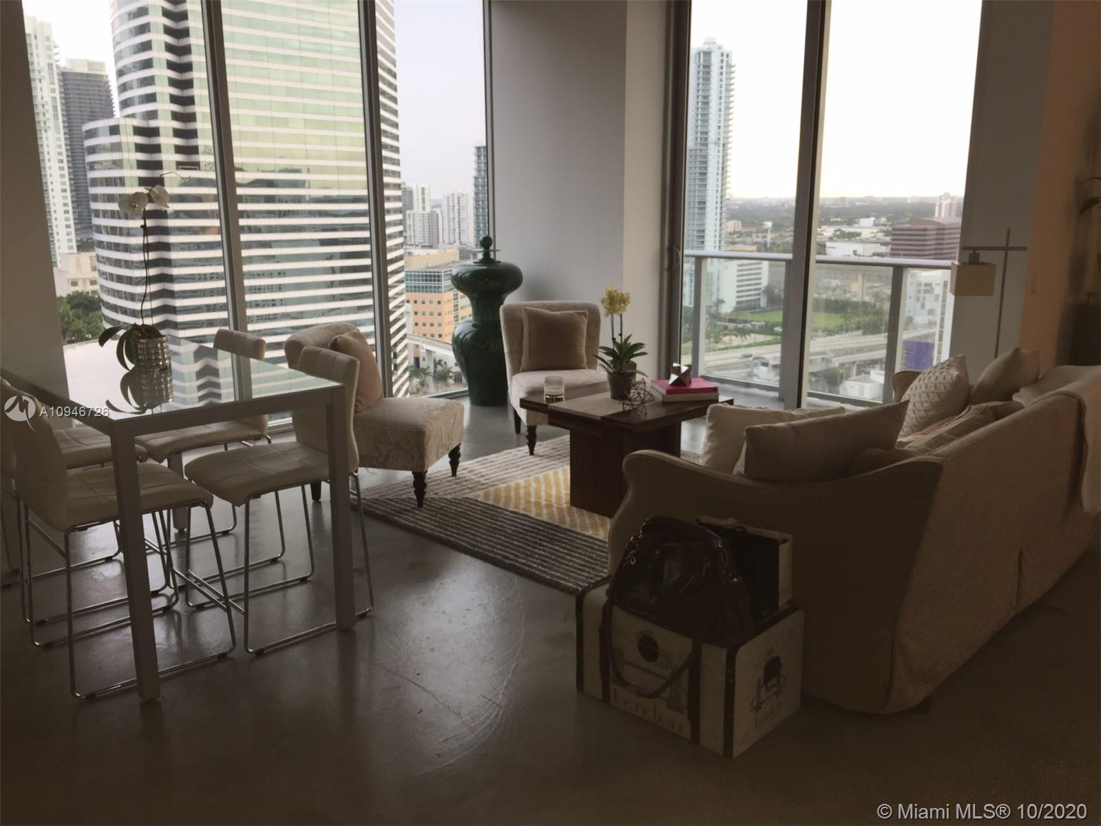 Enjoy the experience of Downtown Life. Great opportunity to live in a 1+den  and 2 full bathrooms wi