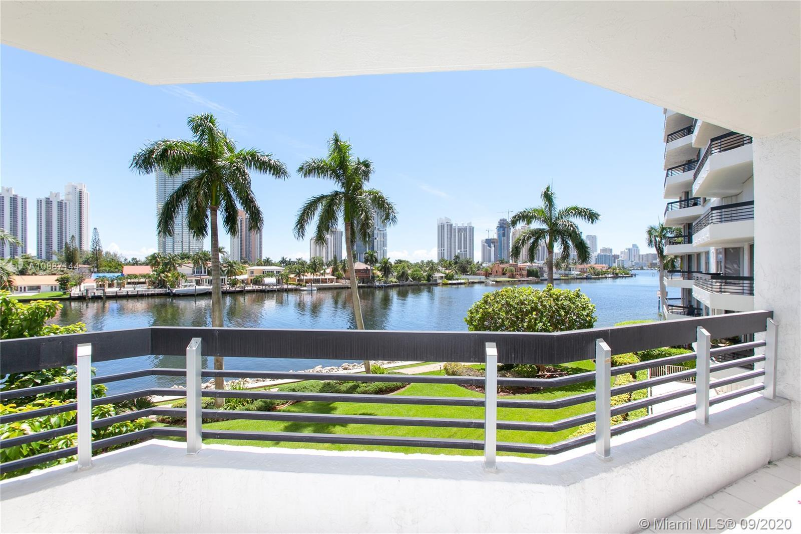 BREATHTAKING INTRACOASTAL AND WATER VIEWS FROM PRESTIGIOUS MYSTIC POINTE CONDO IN THE HEART OF AVENT