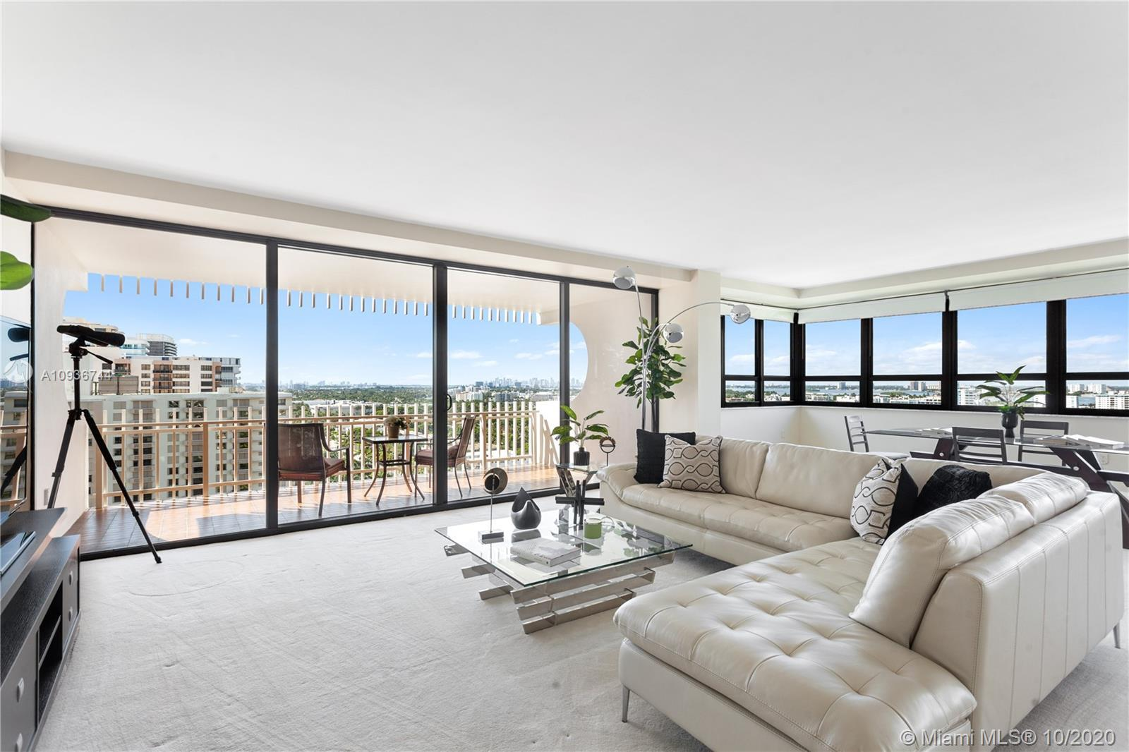 Mesmerizing Southern Views of Downtown Miami, Intracoastal, Biscayne Bay, Bal Harbour Village & Bay