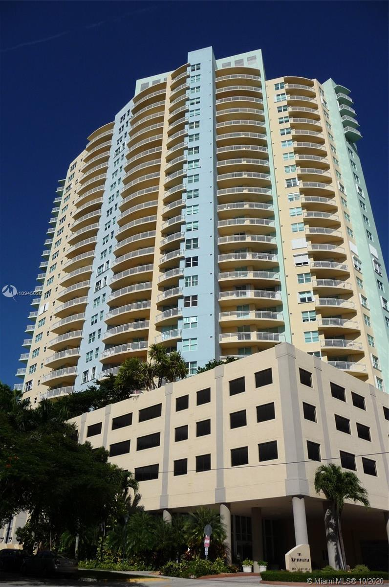 Bright, open and spacious corner one-bedroom in mint condition with large balcony and water views. C
