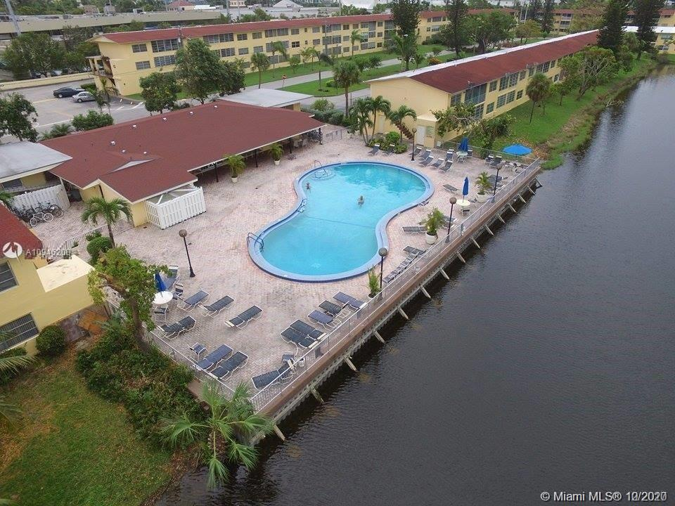 Great apartment located in the heart of Aventura. Located right next to Aventura Mall, shops and gro