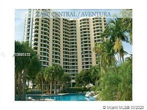 Beautiful remodeled unit in the heart of Aventura. A few blocks from Aventura Mall, 3 minutes away f