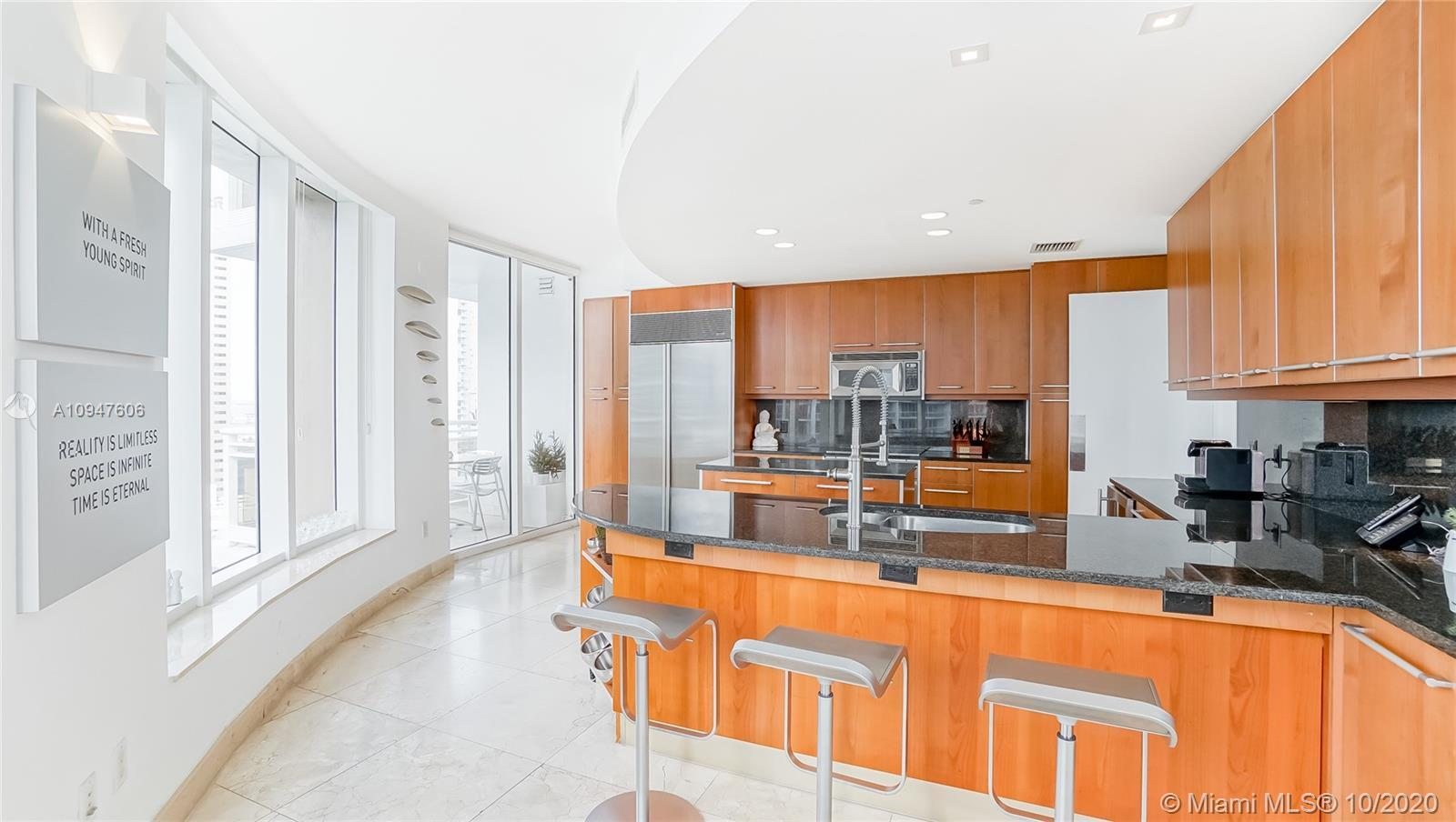 Most desirable line in the entire building. 3 bedroom corner unit in the most luxurious building on