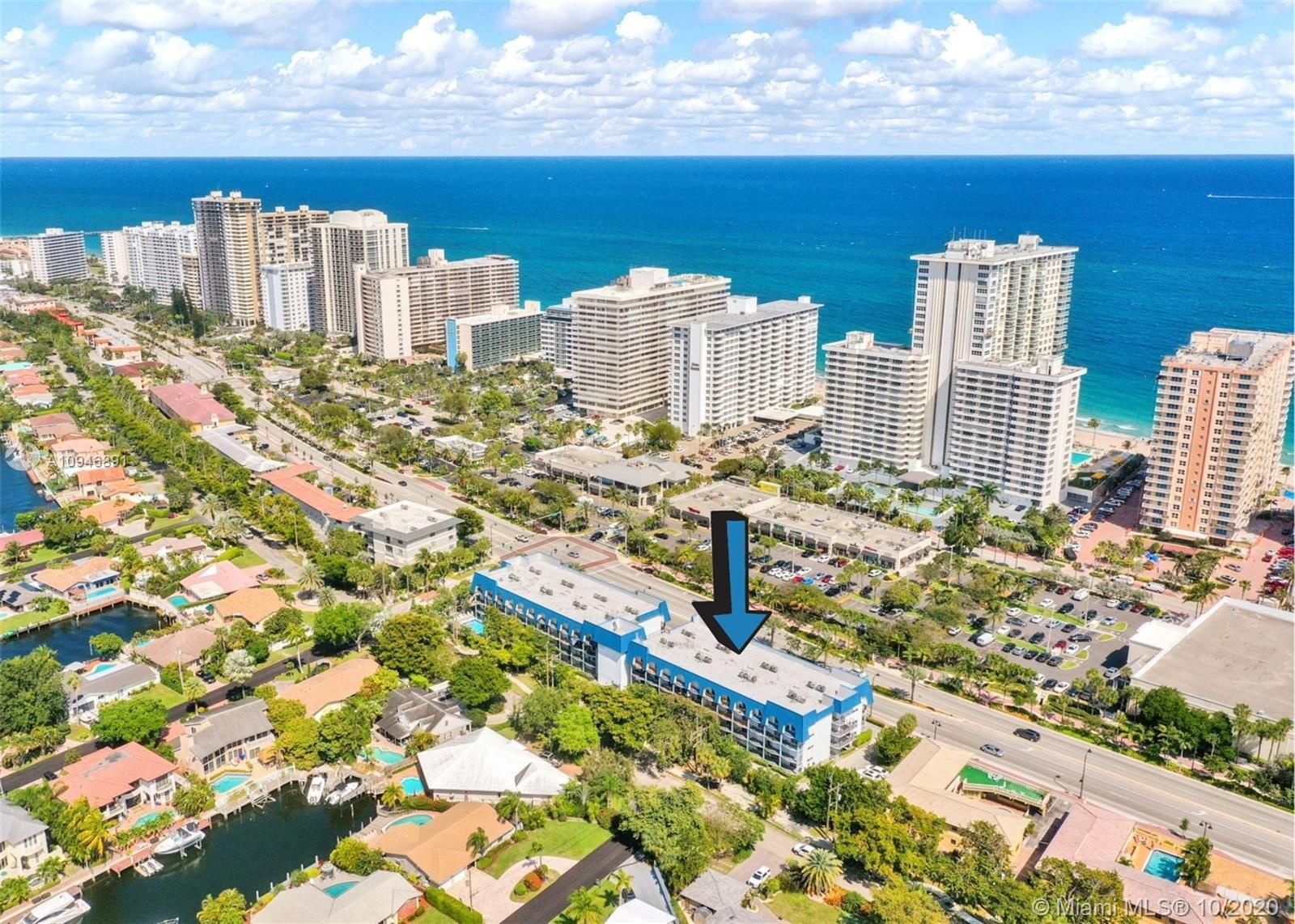 Beautifully updated 2/2 condo at the Top of the Mile South!! Across the street from the beach!! Corn