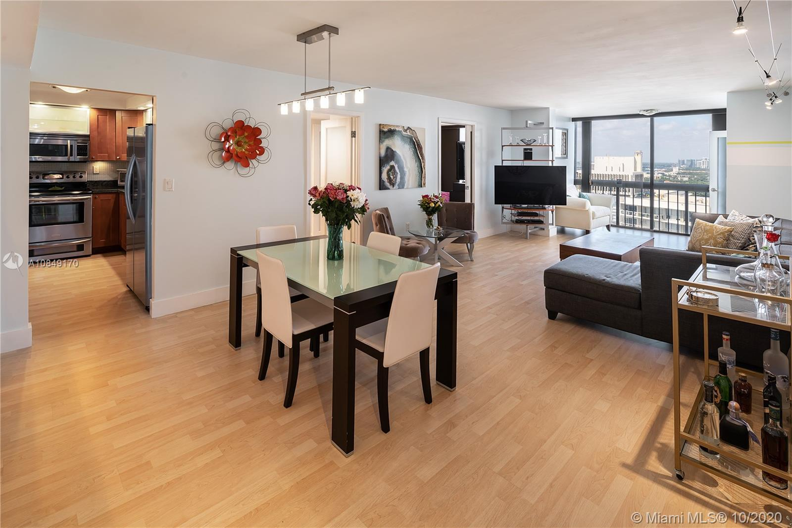 Move-in ready Unit in Brickell Bay Club.  This remodeled waterfront apartment has 2 Bedrooms & 2 Bat