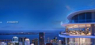This Penthouse offering in the latest luxury tower by renowned Ugo Colombo allows for unsurpassed su