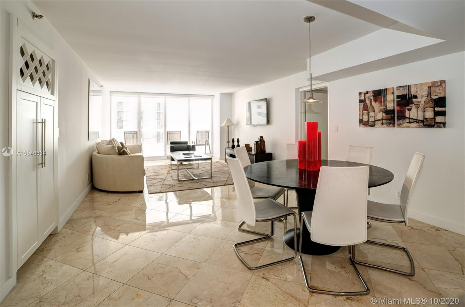 Fully Furnished 2 bedroom/2 baths + convertible den/spacious balcony/fully renovated/marble floors t