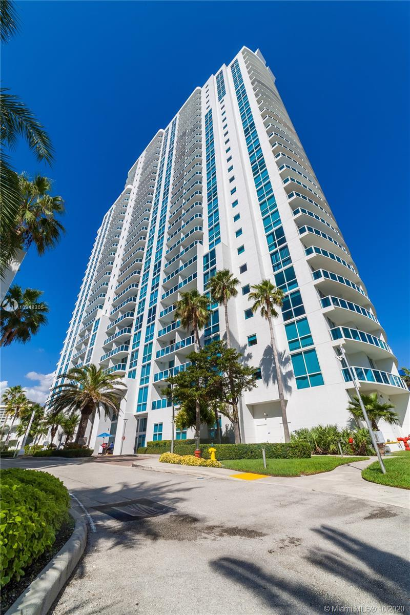 OCEAN MARINE YACHT CLUB-LOCATED ACROSS THE STREET FROM THE OCEAN. LARGE ONE BEDROOM UNIT WITH OPEN K