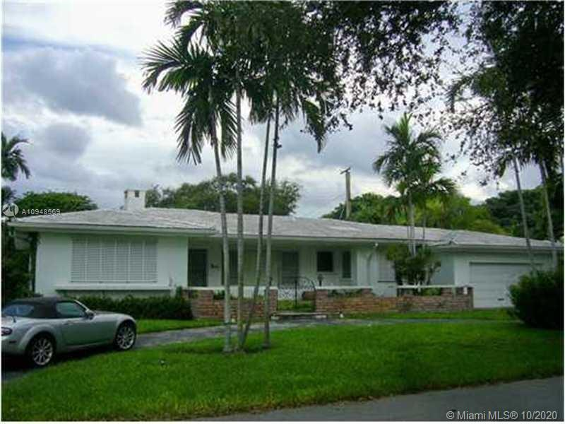 PRIME MIAMI SHORES LOCATION EAST OF BISCAYNE BLVD. JUST 1/2 A BLOCK FROM THE BAY. SPACIOUS 3/2 WITH