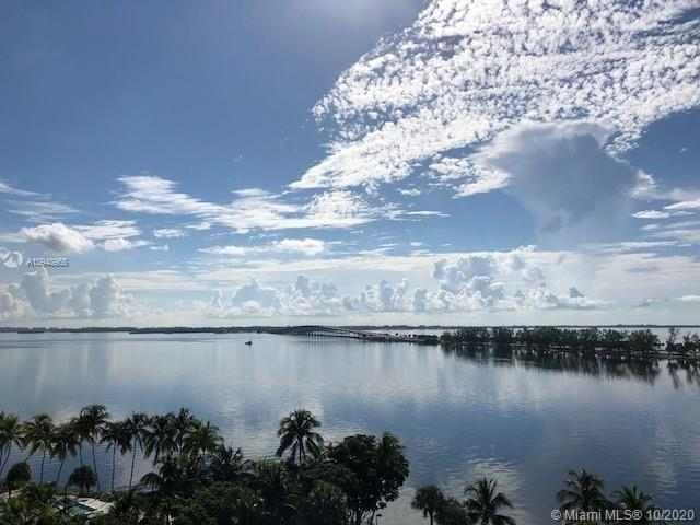 Beautiful two bedroom, two bathrooms residence overlooking Biscayne Bay. Completely remodeled two be