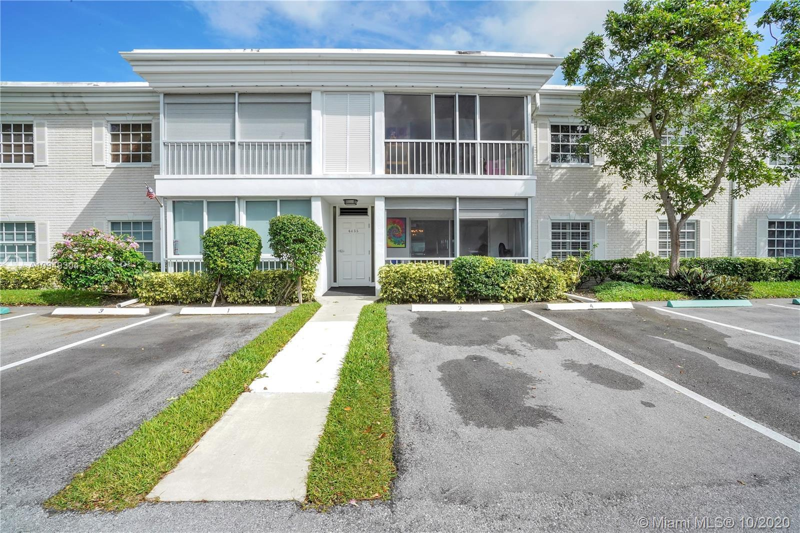 Come live in the exclusive, gated community of Bay Colony Club located near the Intracoastal in NE Fort Lauderdale. This spacious 2 BD/BA ground floor unit is clean and airy with plenty of natural light filtering in from the patio door and windows. You will enjoy spacious bedrooms, have the convenience of having your own washer and dryer in the unit, and a screened in patio area to relax on. Great community offering many amenities such as a clubhouse, 4 pools, tennis, outdoor barbeque with a beautiful pavilion area overlooking the Intracoastal, a Marina, shuffleboard and more... You will also enjoy close proximity to great restaurants, the ocean, and shopping.