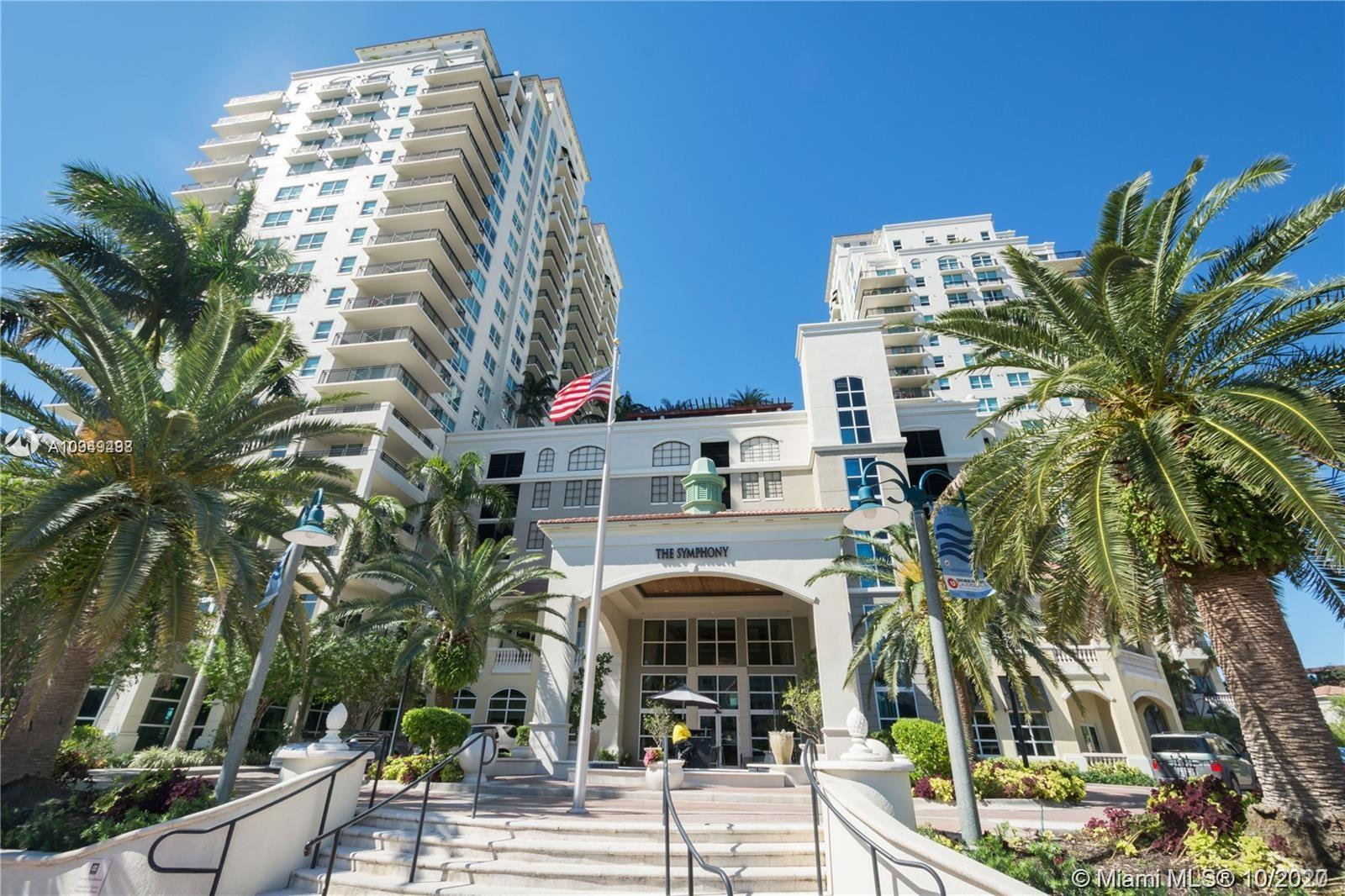 Stunning corner unit with city and New River views.  This 2 bedroom 2 bath unit features limestone f