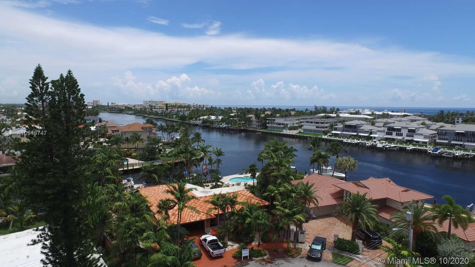 Panoramic Point  Lot on the intercostal.  180 ft. of waterfront, park your 120 ft yacht.  This doubl