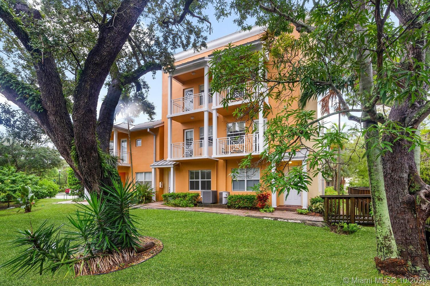 Tri-level townhouse with 2 car garage located in the heart of the Arts & Entertainment area in downt