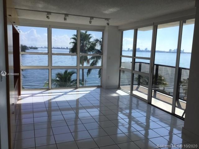 UNOBSTRUCTED BAY VIEW, REMODELED UNIT, CAN EASILY BE MADE INTO A 2 BEDROOM. A CONVERTIBLE MODEL, COR