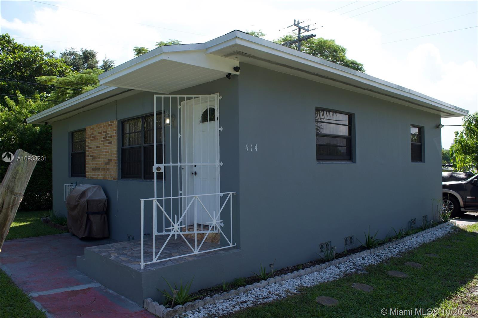 Well kept home in the area of design district of Miami, Fl. accessible to Downtown, Biscayne Blvd. a