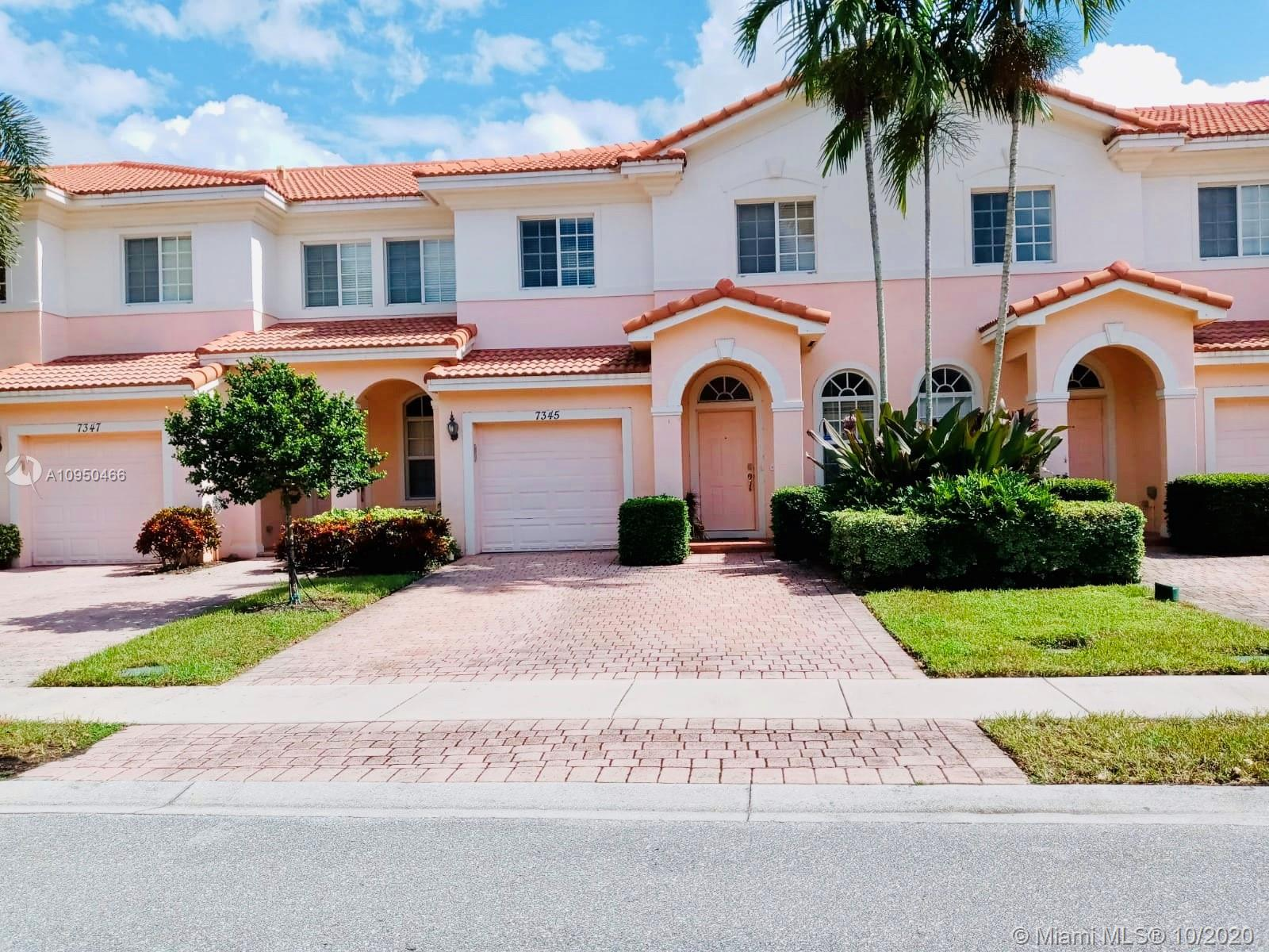 RARELY AVAILABLE BIGGEST TOWNHOME 1877 SQFT,  3BED, 3.5 BATH, HUGE MASTER BEDROOM, PRIVATE BERNS NO