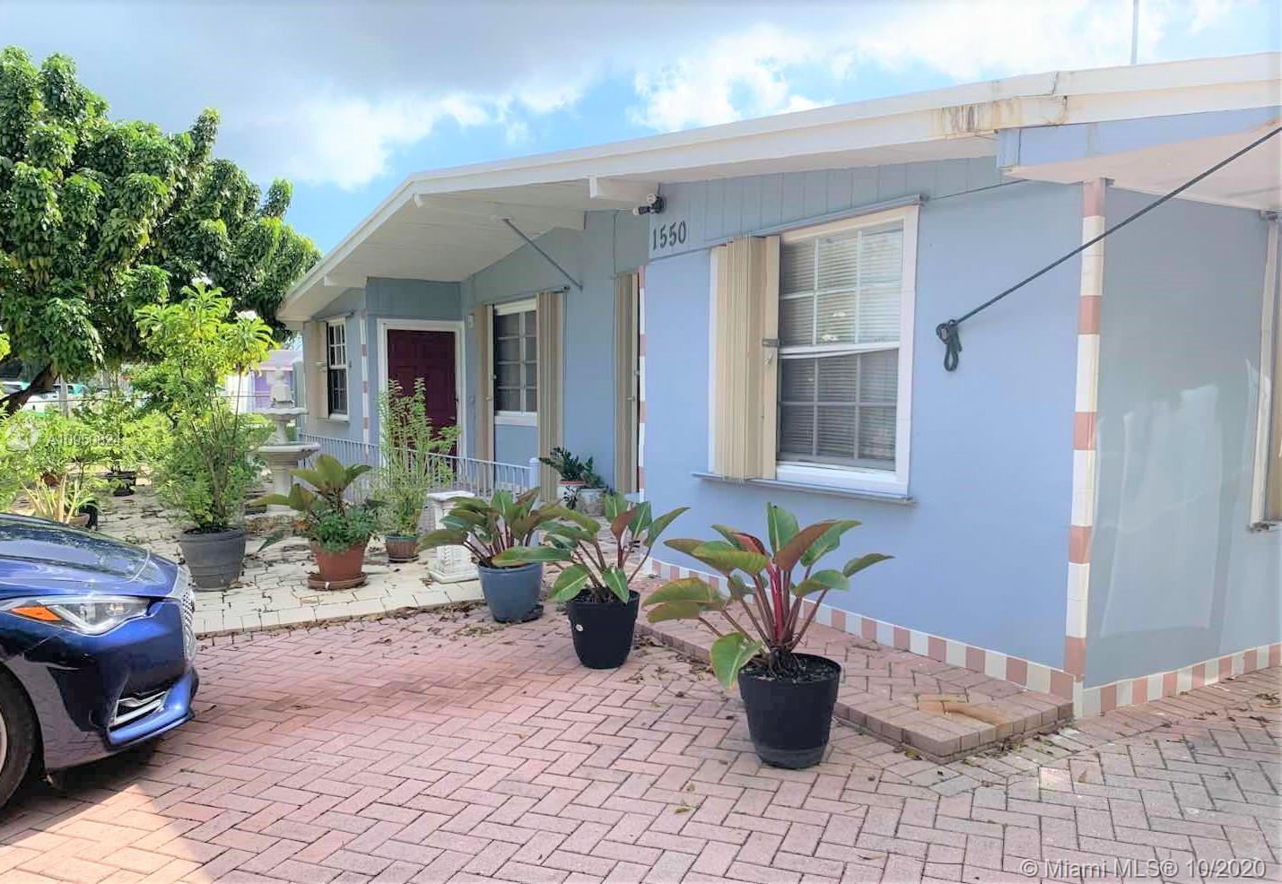 3 Bedroom 1 bath one story home in Pompano Beach. Walking distance to school.