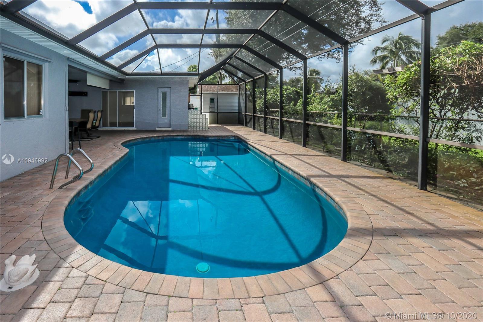 Beautiful 3 BR, 2 BA, 1 car garage, salt water Pool. Home features spacious kitchen w/granite counte