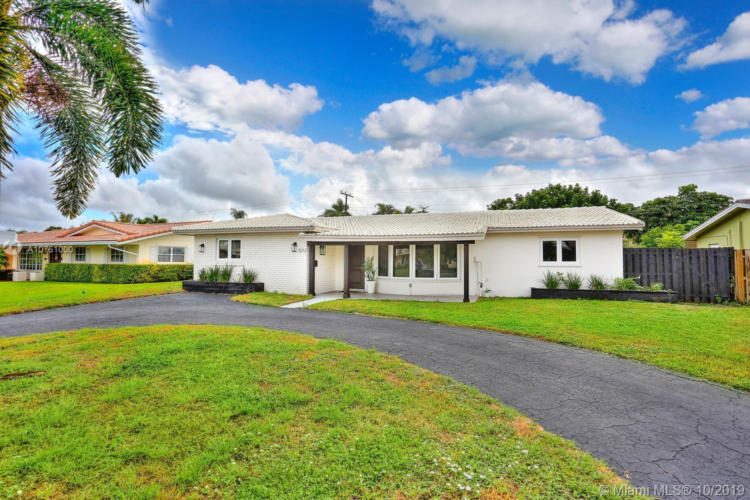 Lovely home in Coral Ridge, a quiet neighborhood  just minutes from Fort Lauderdale's  world-famous