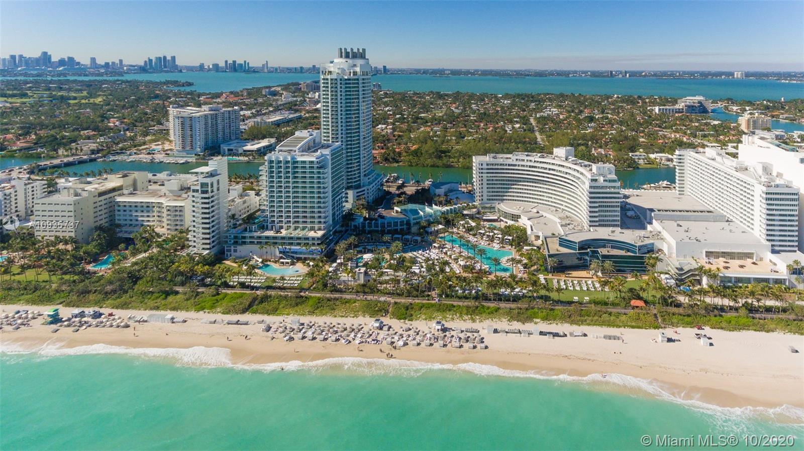 Beautiful Jr Suite w/ocean & pool views at The Fontainebleau III. Enjoy full service, vacation-style
