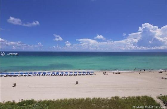 Sunny Isles Ocean Four.    Get the best of both views. Enjoy Direct unosbtructed ocean views from yo