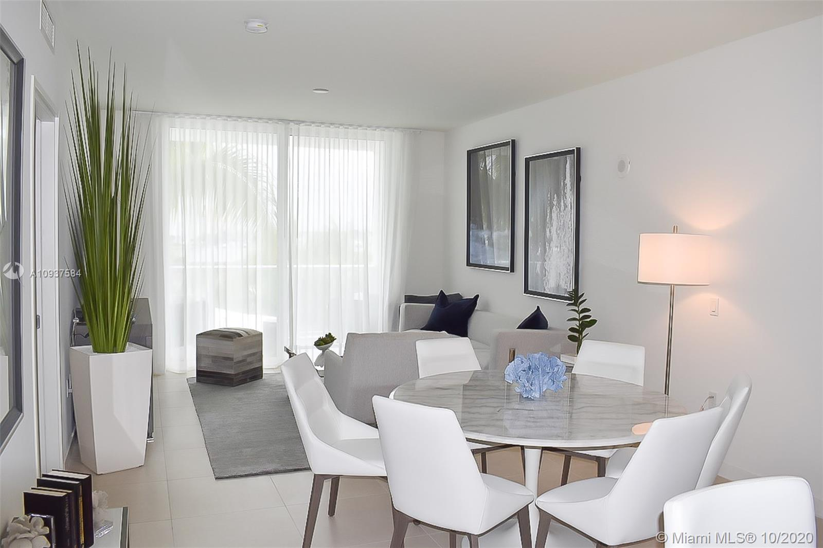 Beautiful 2 bedroom 2/1 bath plus Den!! brand-new contemporary building with five-star amenities sur